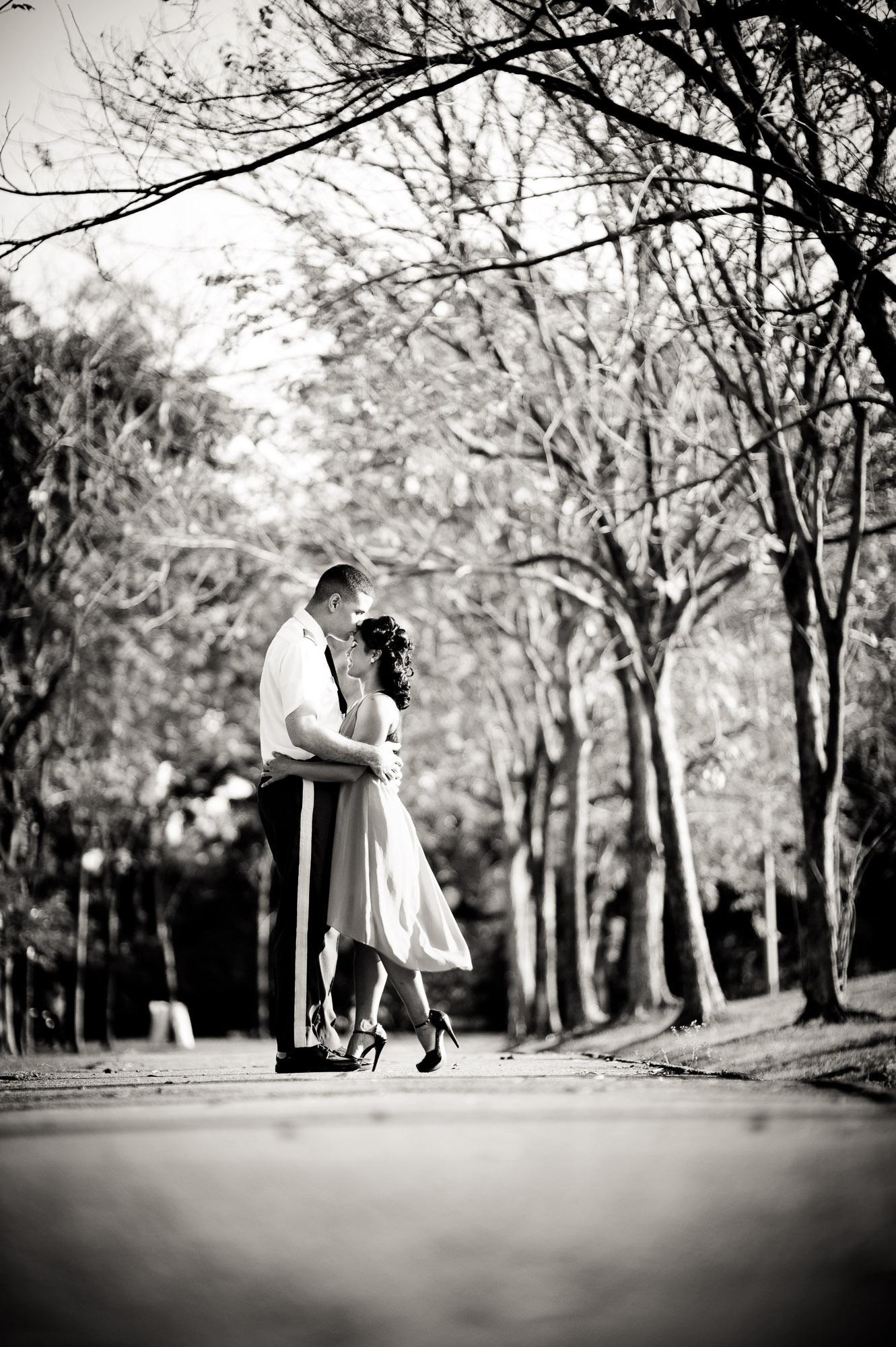 Bangkok Thailand Wedding Photography | ภาพคู่แต่งงาน ถ่ายที่สวนรถไฟ