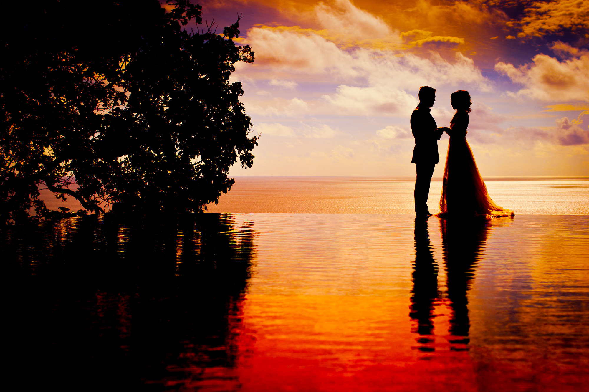 Phuket Wedding Photography | Paresa Resort Pre-Wedding Photography