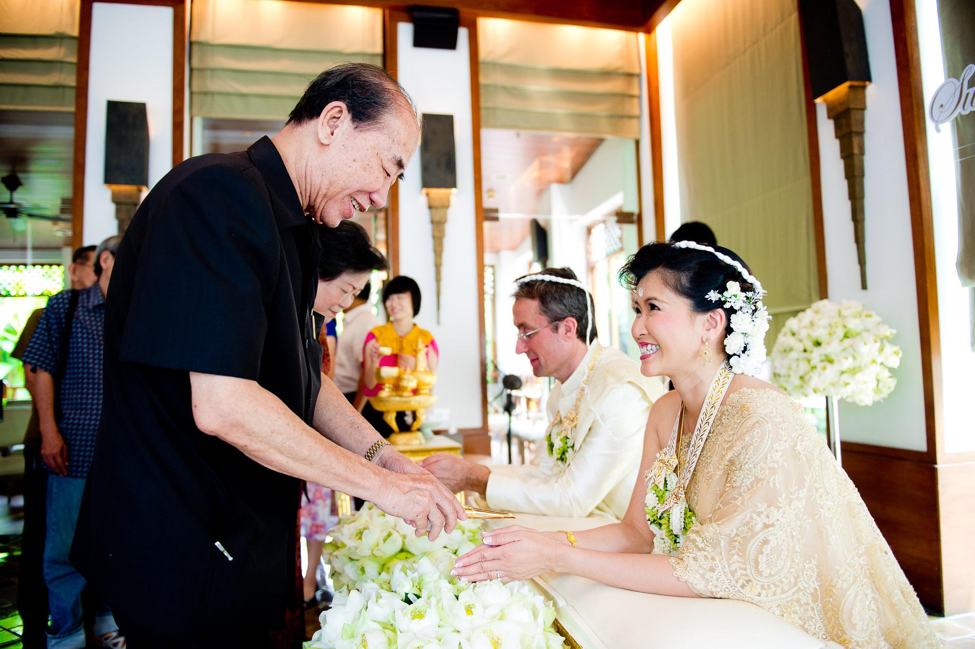 Thailand Wedding Photography   Sukhothai Hotel Wedding